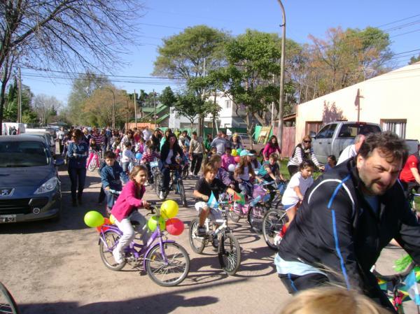 La Bicicleteada Patria unió a la familia del Miró
