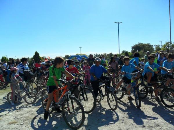 El Colegio Joan Miró participó de la Fiesta de la Bicicleta